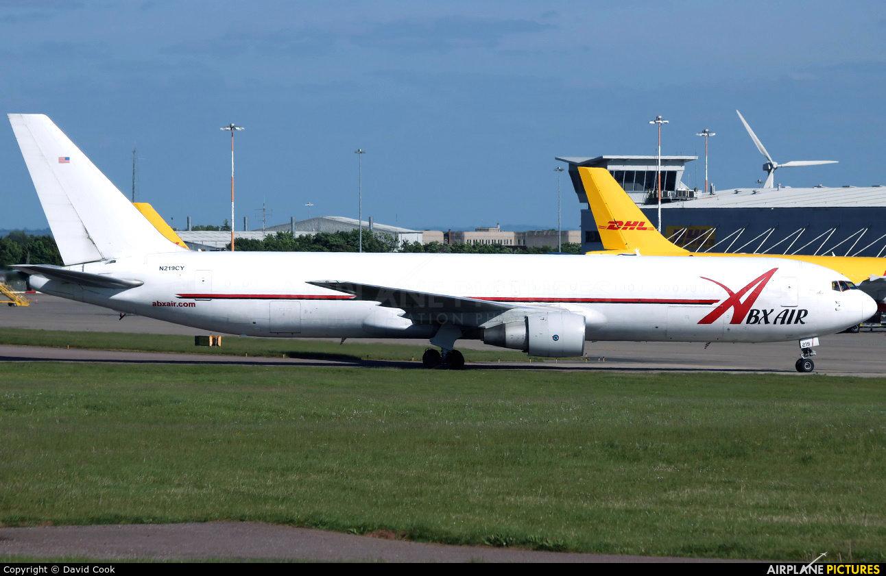 ABX Air N219CY aircraft at East Midlands