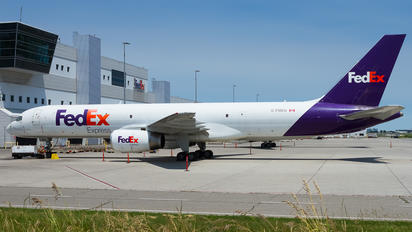 C-FMEU - FedEx Federal Express Boeing 757-200F