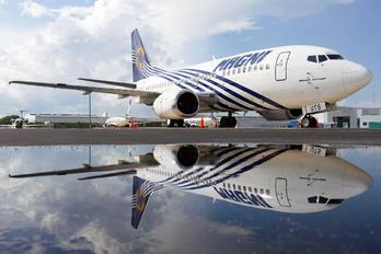XA-UTS - Magnicharters Boeing 737-500