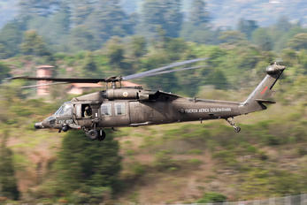 FAC4137 - Colombia - Air Force Sikorsky UH-60L Black Hawk