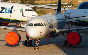 PR-YRE - Azul Linhas Aéreas Airbus A320 NEO