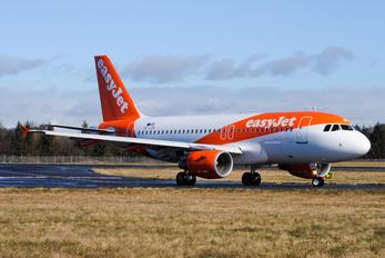 OE-LQR - easyJet Europe Airbus A319