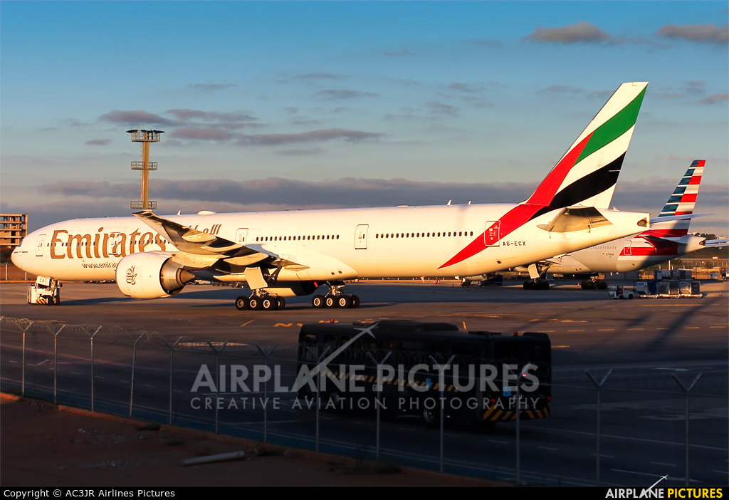 Emirates Airlines A6-ECX aircraft at São Paulo - Guarulhos