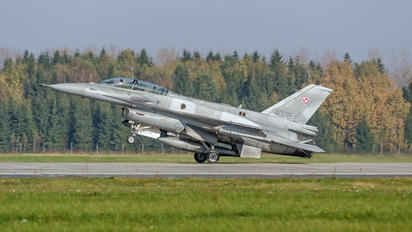 4078 - Poland - Air Force Lockheed Martin F-16D block 52+Jastrząb