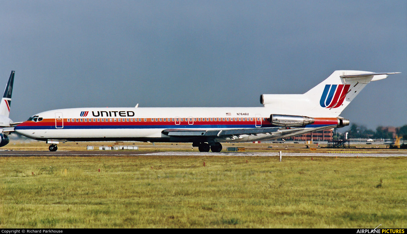 United Airlines N7646U aircraft at London - Heathrow