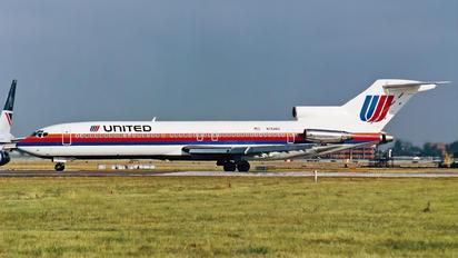 N7646U - United Airlines Boeing 727-200