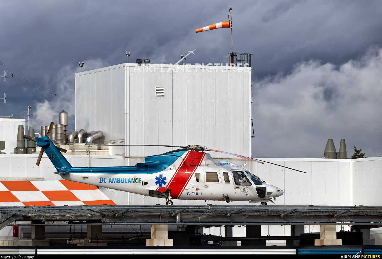 Helijet International C-GHHJ aircraft at Campbell River Hospital, BC