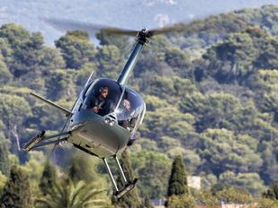 F-HIFM - Azur Helicoptere Robinson R44 Clipper