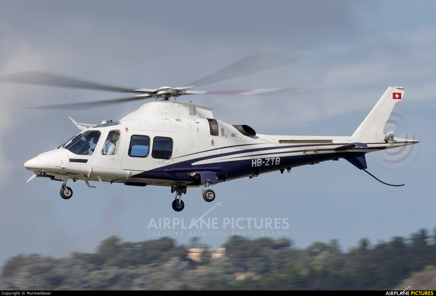 Private HB-ZTB aircraft at Cannes - Mandelieu