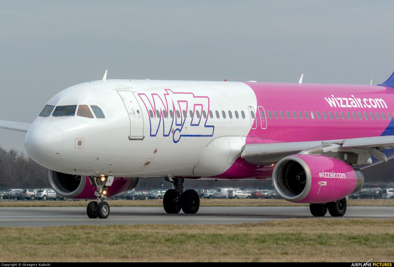 Wizz Air HA-LPL aircraft at Wrocław - Copernicus