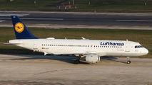 D-AIPY - Lufthansa Airbus A320 aircraft