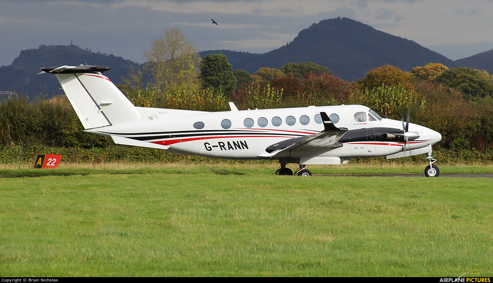Private G-RANN aircraft at Welshpool