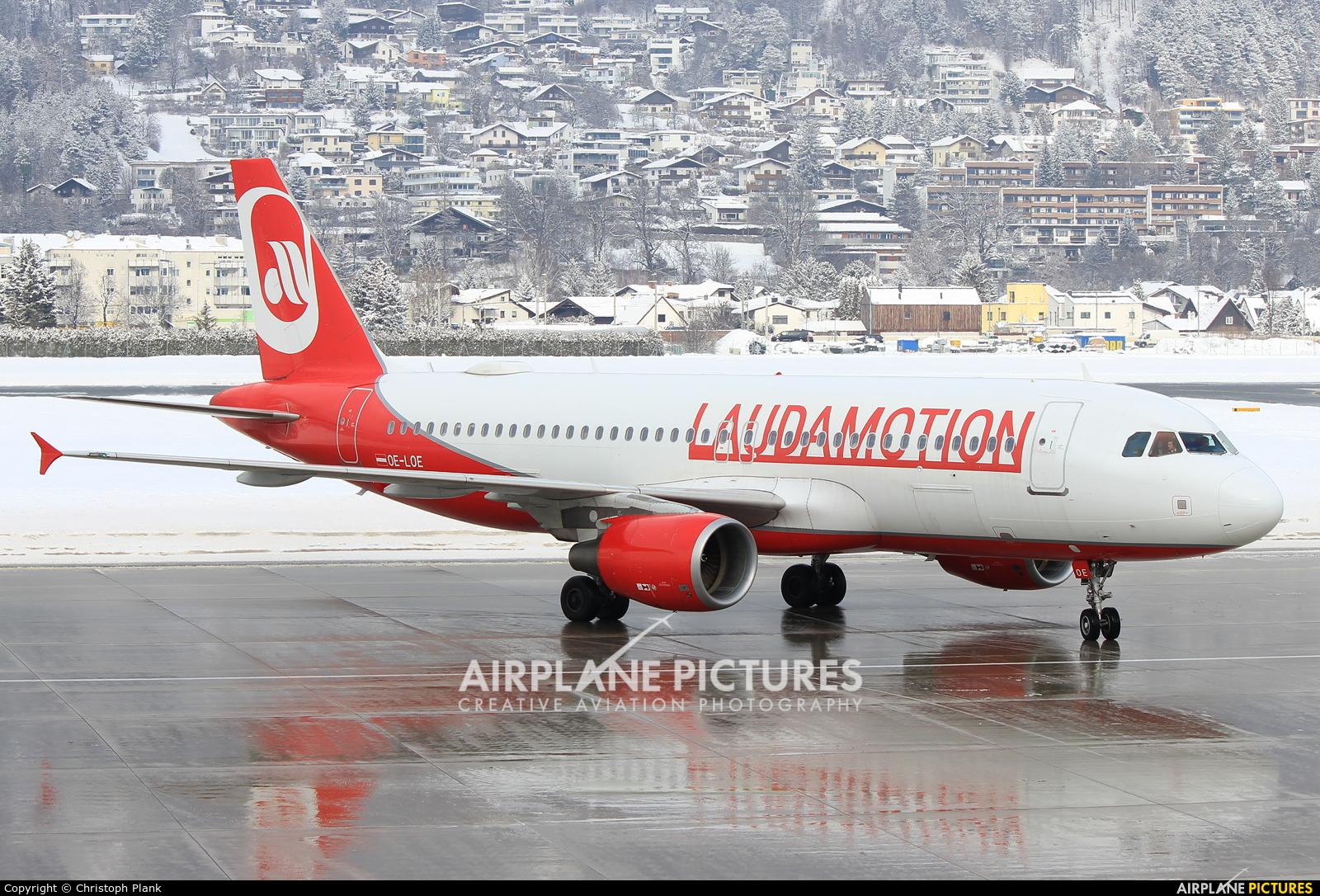 LaudaMotion OE-LOE aircraft at Innsbruck