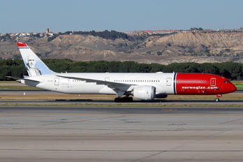 LN-LNJ - Norwegian Long Haul Boeing 787-9 Dreamliner