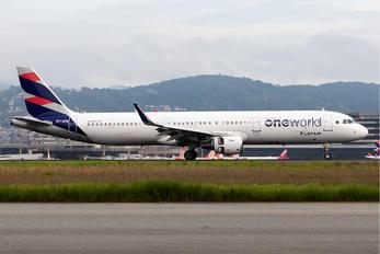 PT-XPB - LATAM Airbus A321
