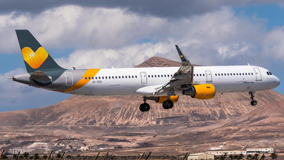 OY-TCH - Sunclass Airlines Airbus A321