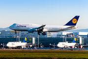 D-ABYP - Lufthansa Boeing 747-8 aircraft