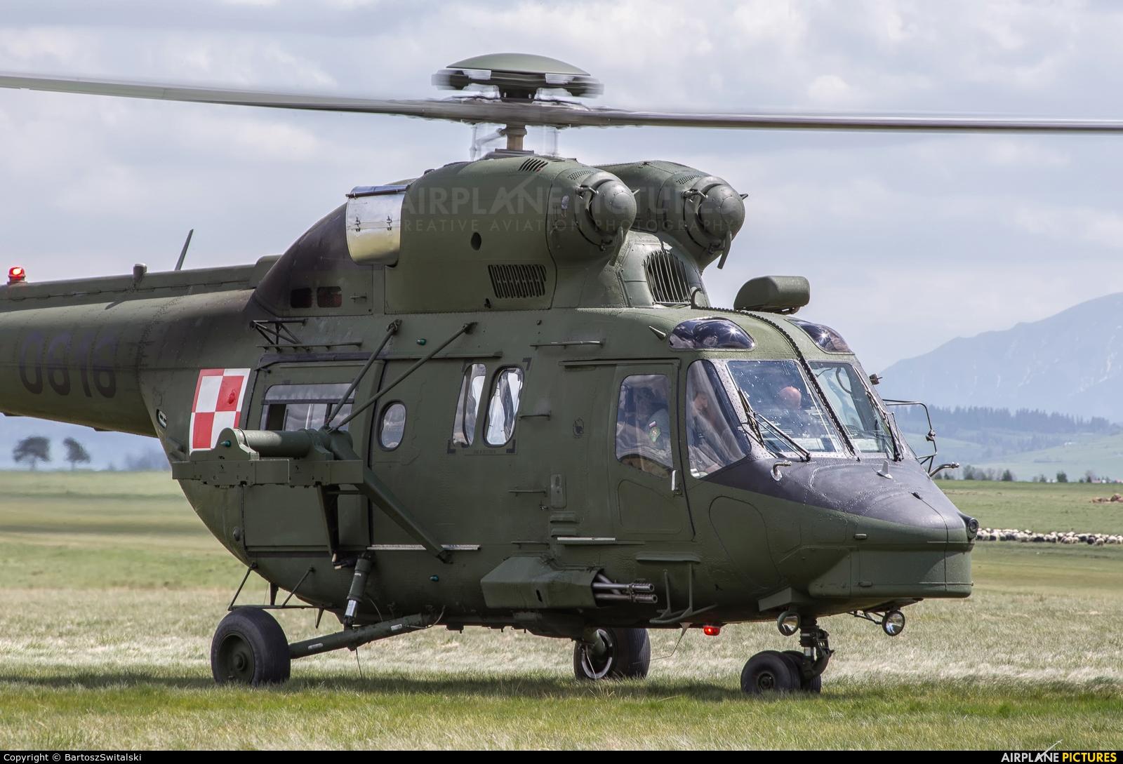 Poland - Army 0616 aircraft at Nowy Targ