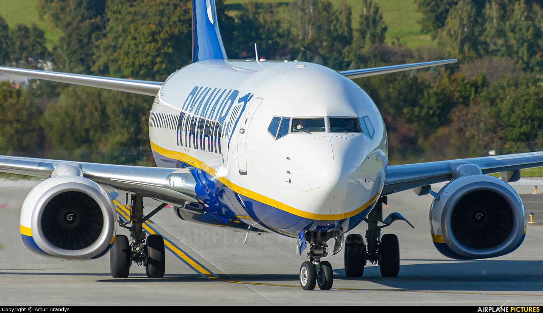 Ryan Air EI-FTZ aircraft at Kraków - John Paul II Intl