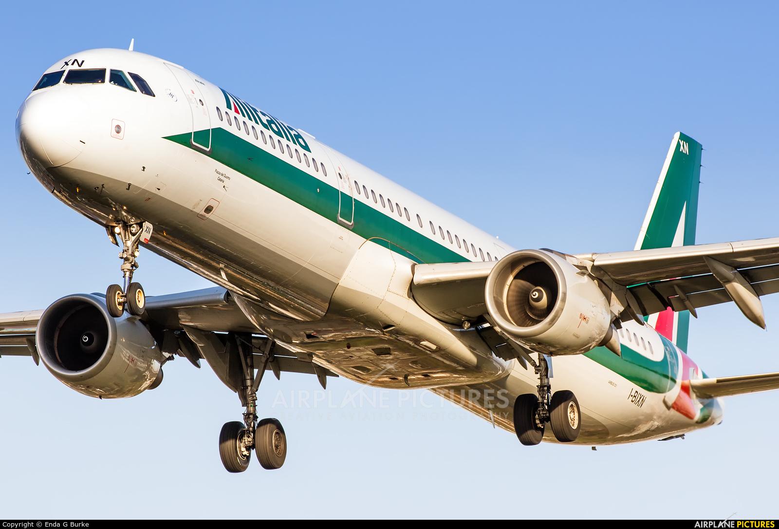 Alitalia I-BIXN aircraft at London - Heathrow