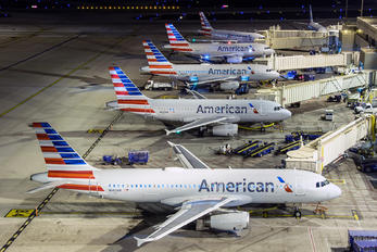 N660AW - American Airlines Airbus A320