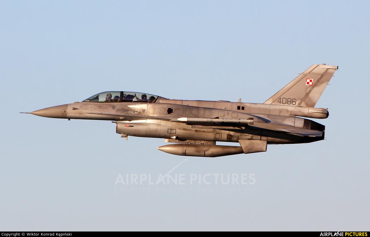 Poland - Air Force 4086 aircraft at Warsaw - Frederic Chopin