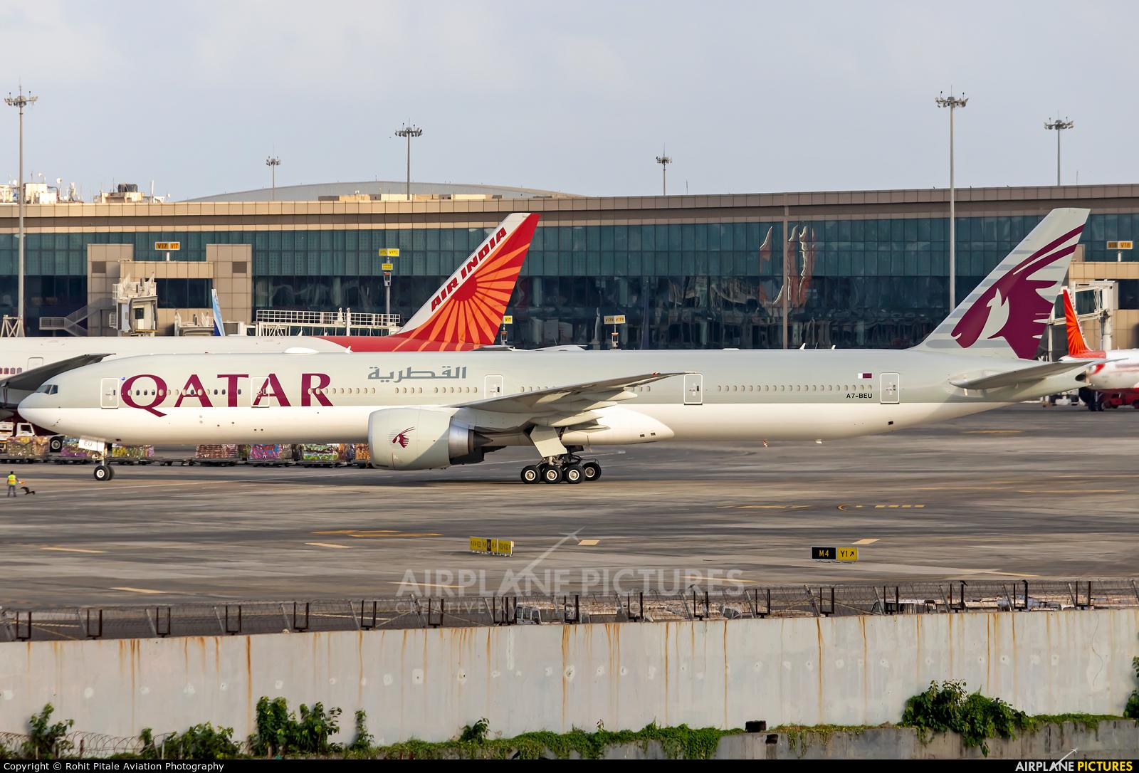 Qatar Airways A7-BEU aircraft at Mumbai - Chhatrapati Shivaji Intl