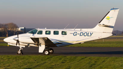 G-DOLY - Private Cessna 303 Crusader