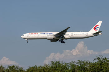 B-7367 - China Eastern Airlines Boeing 777-300ER