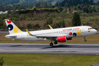 HK-5286 - Viva Air Airbus A320
