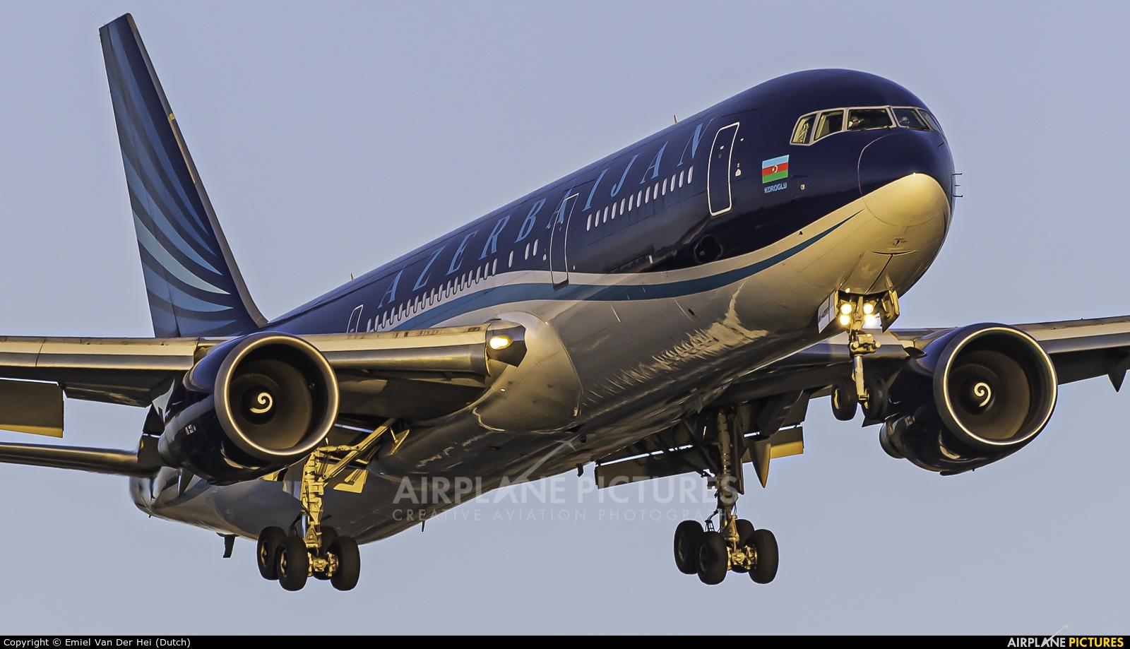 Azerbaijan Airlines 4K-AZ82 aircraft at Amsterdam - Schiphol