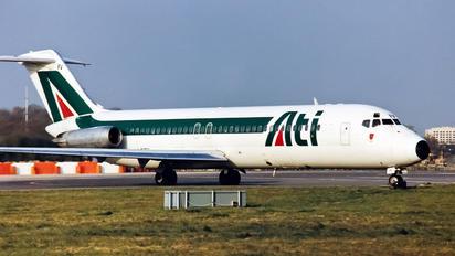 I-RIFV - ATI - Aero Transporti Italiani Douglas DC-9