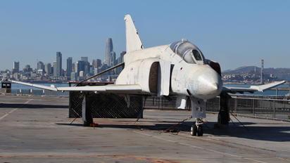 153879 - USA - Navy McDonnell Douglas F-4S Phantom II