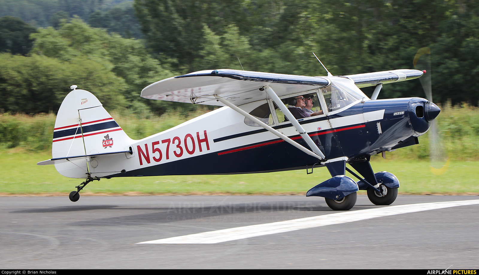 Private N5730H aircraft at Welshpool