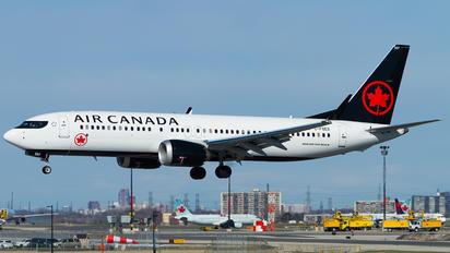 C-FSES - Air Canada Boeing 737-8 MAX