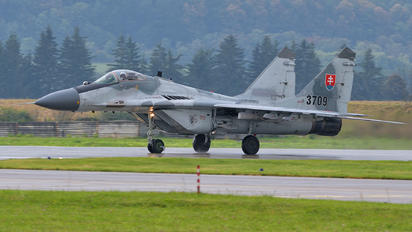 3709 - Slovakia -  Air Force Mikoyan-Gurevich MiG-29AS