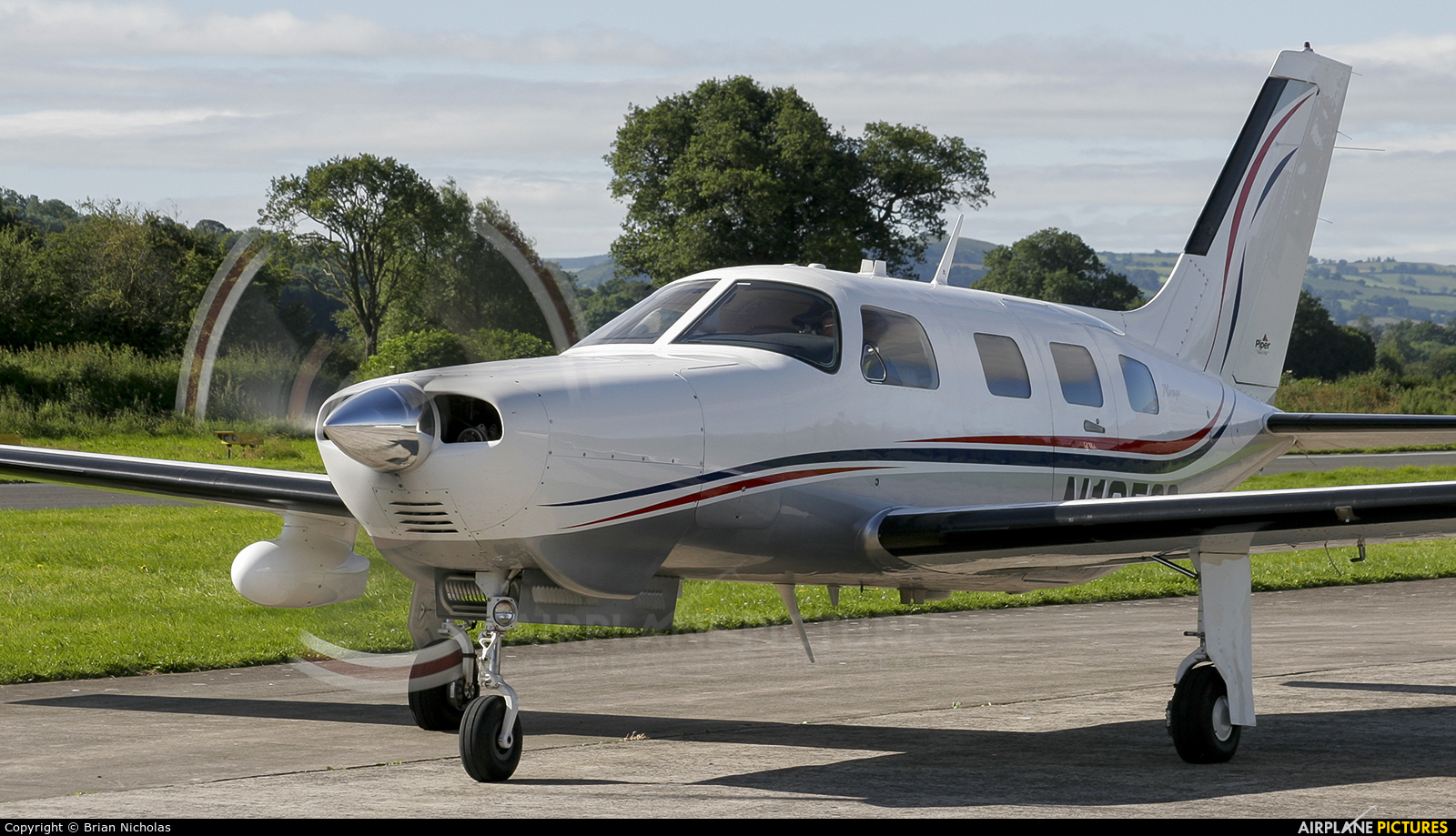 Private N10522 aircraft at Welshpool