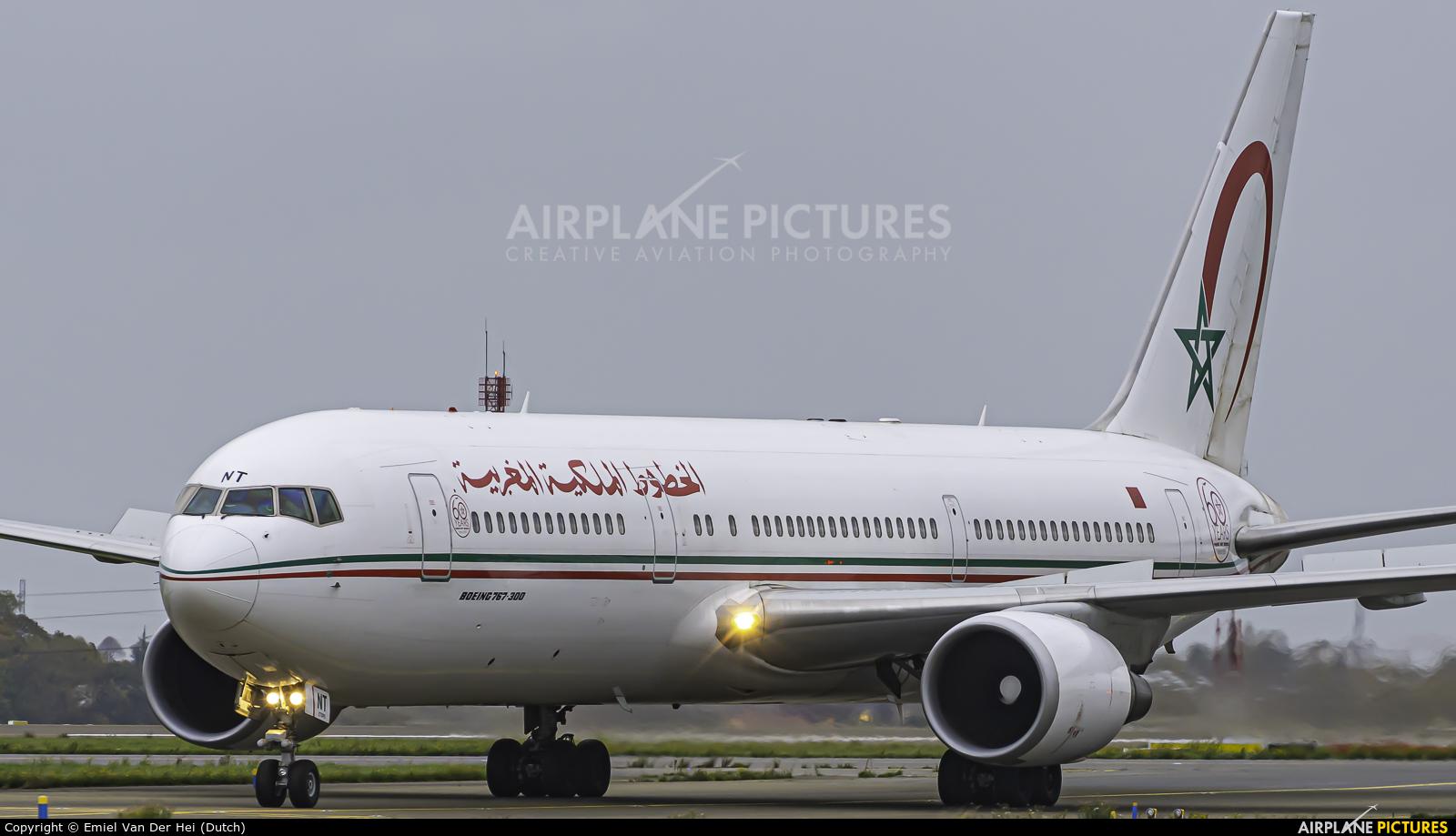 Royal Air Maroc CN-RNT aircraft at Paris - Charles de Gaulle