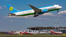 UK78703 - Uzbekistan Airways Boeing 787-8 Dreamliner aircraft