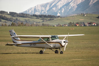 SP-KSY - Private Cessna 152