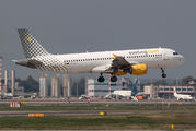EC-LLJ - Vueling Airlines Airbus A320 aircraft