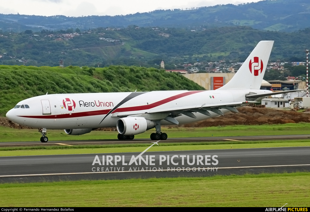 Aero Union XA-MRC aircraft at San Jose - Juan Santamaría Intl