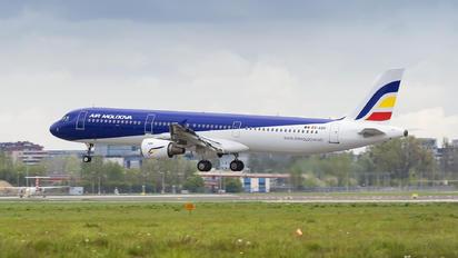 ER-AXR - Air Moldova Airbus A321