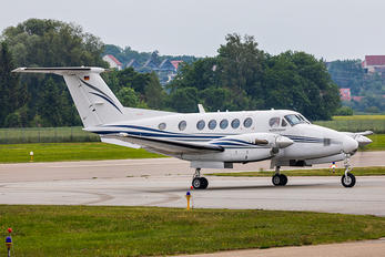 D-IMVC - Starwings Beechcraft 200 King Air