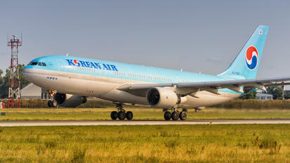 HL7552 - Korean Air Airbus A330-200