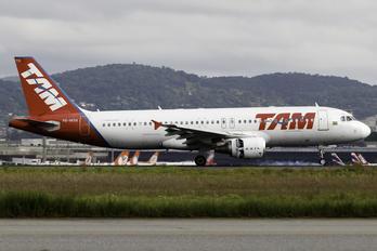 PR-MYH - TAM Airbus A320