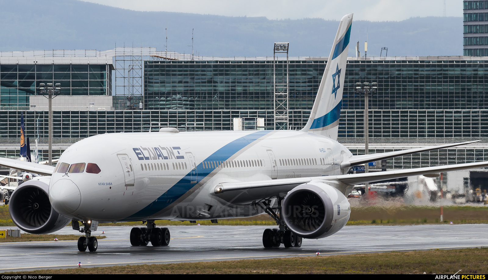 El Al Israel Airlines 4X-EDJ aircraft at Frankfurt