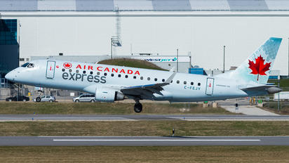 C-FEJY - Air Canada Express Embraer ERJ-175 (170-200)