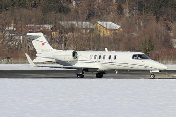 OE-GXX - Majestic Executive Aviation Learjet 40