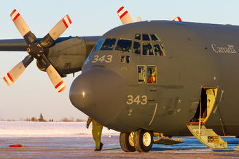 130343 - Canada - Air Force Lockheed CC-130H Hercules